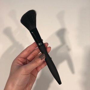 It Cosmetics Velvet Luxe Plush Blush Brush #316